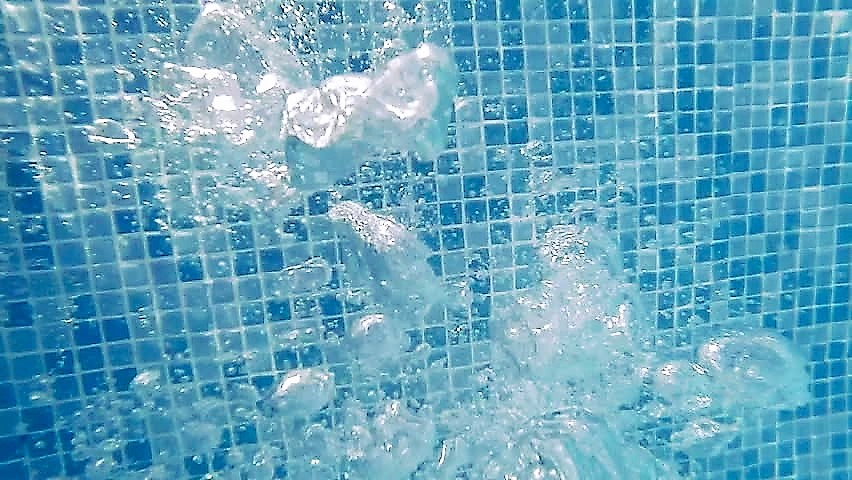 Pool Filter Cleaning Benefits